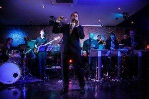 Shane - The Swing Singer